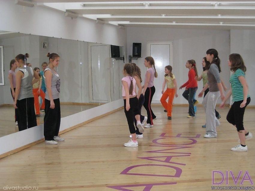 Детские танцы в танцевальной студии Дива